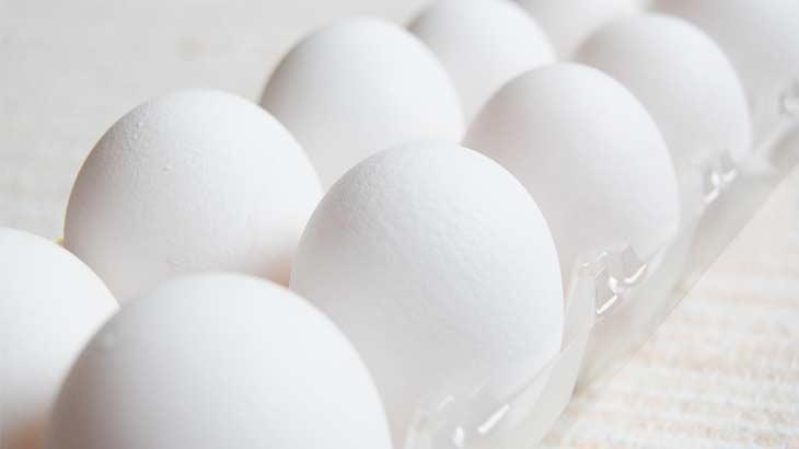 卵がパックに入った写真