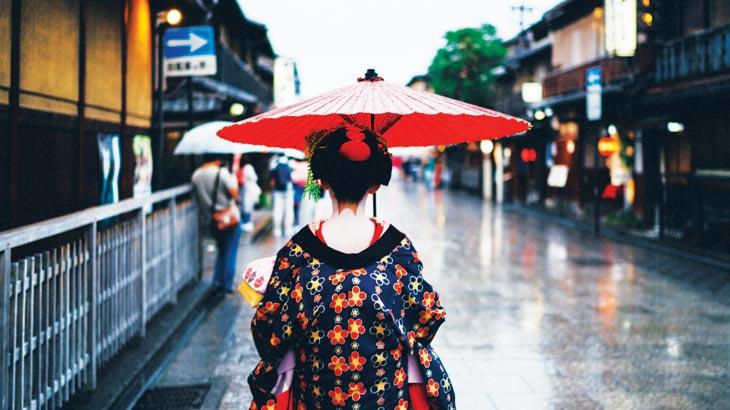 京都の舞妓さんイメージ画像
