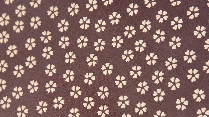 印伝の小桜柄-3